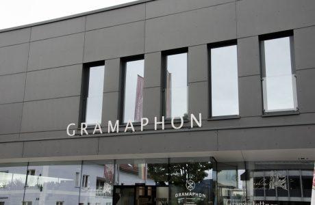gramaphonfront